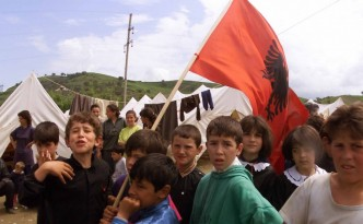 Albanian kids in refugee camp